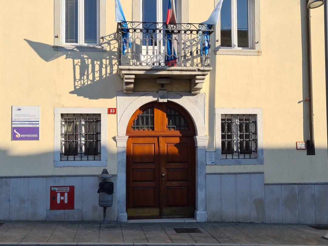 stavba Ljudske univerze Koper
